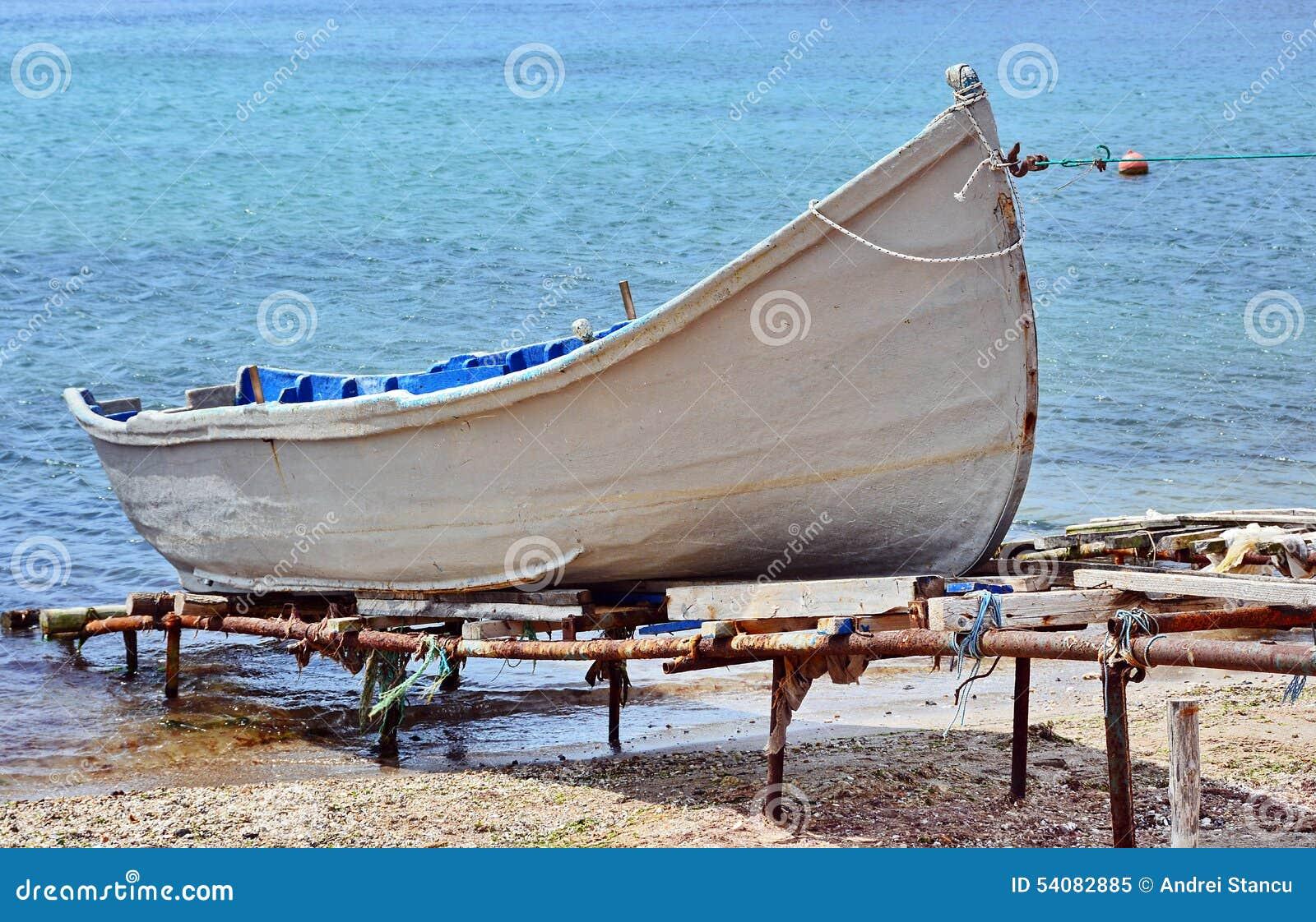 Vissersboot in de Zwarte Zee