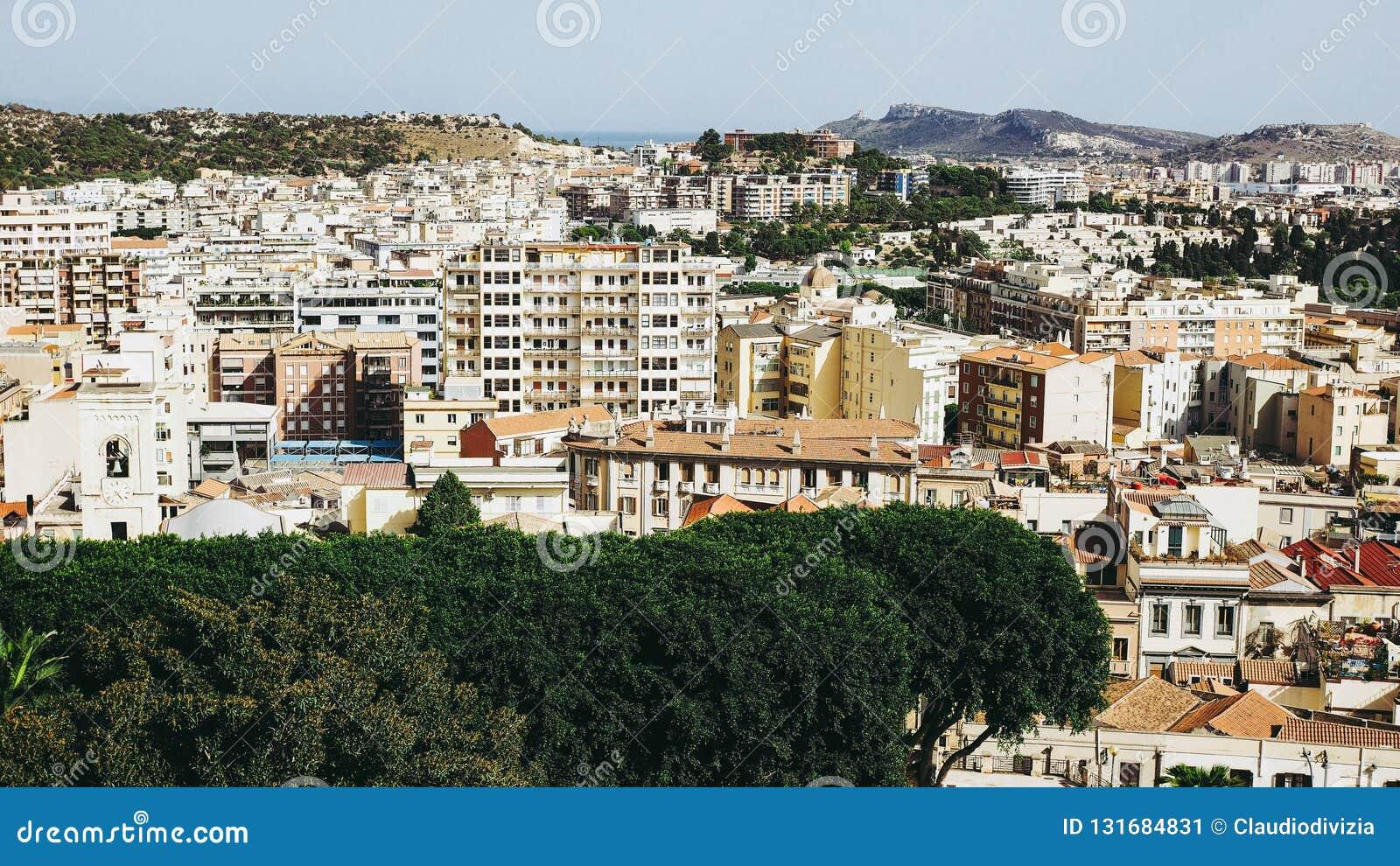 Vista aérea de Cagliari, Itália