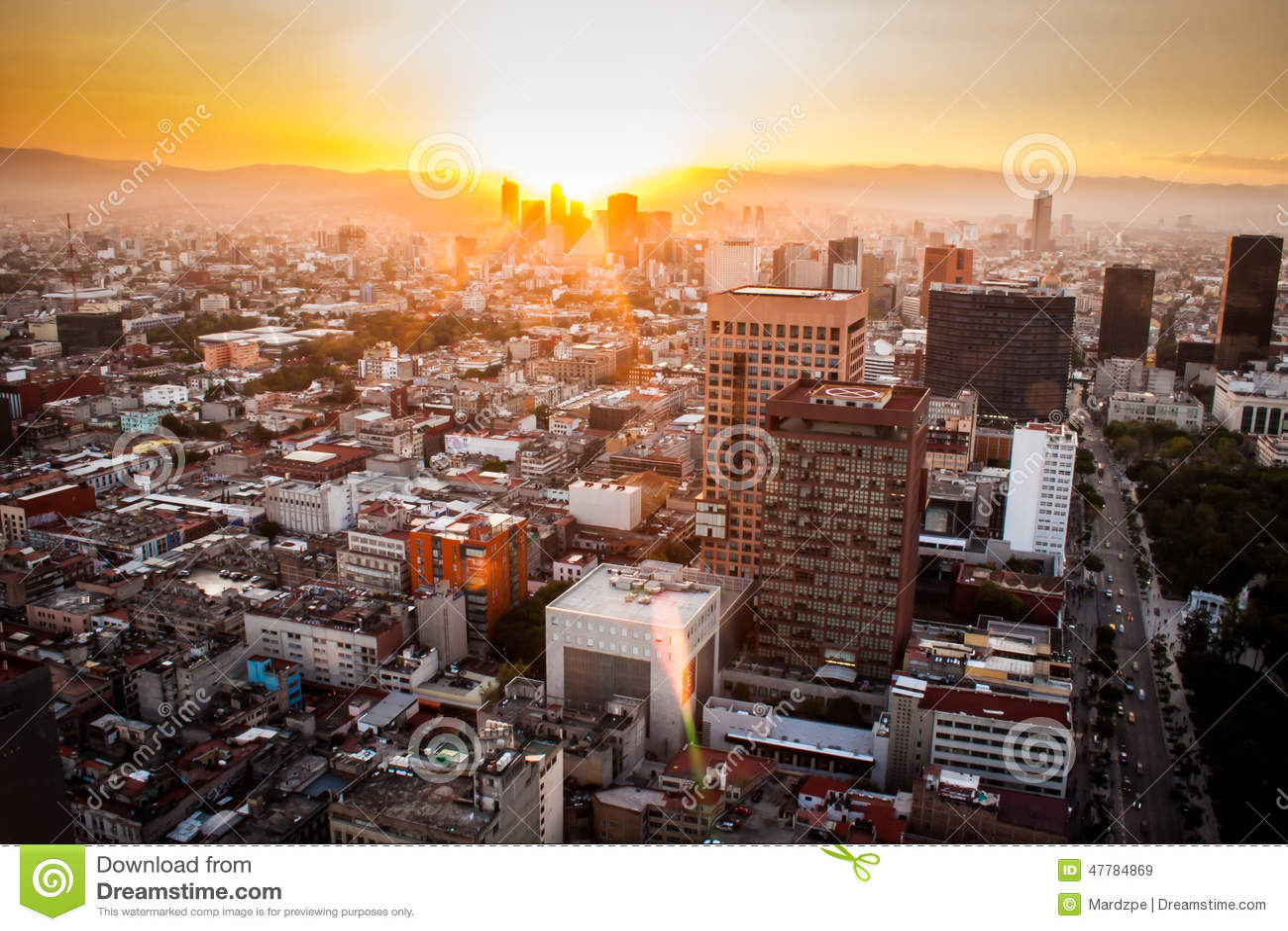 Vista aérea de Cidade do México no por do sol