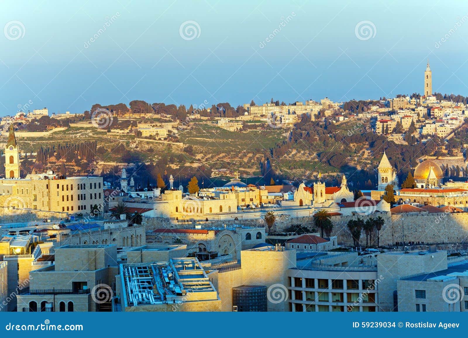 Download Vista Aérea De Jerusalén Antes De La Puesta Del Sol Foto de archivo - Imagen de viejo, mezquita: 59239034
