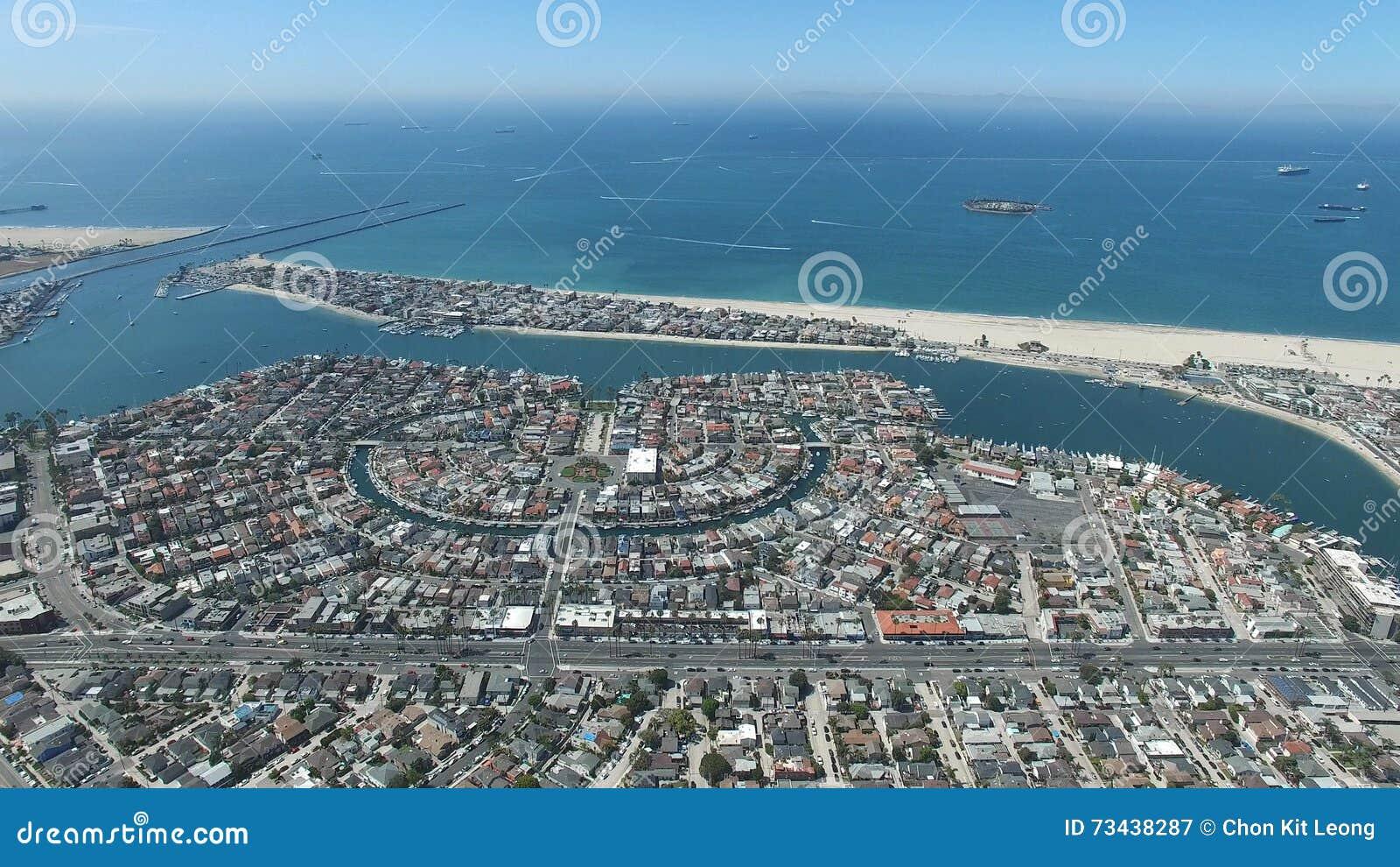 Vista aérea de la playa de las madres