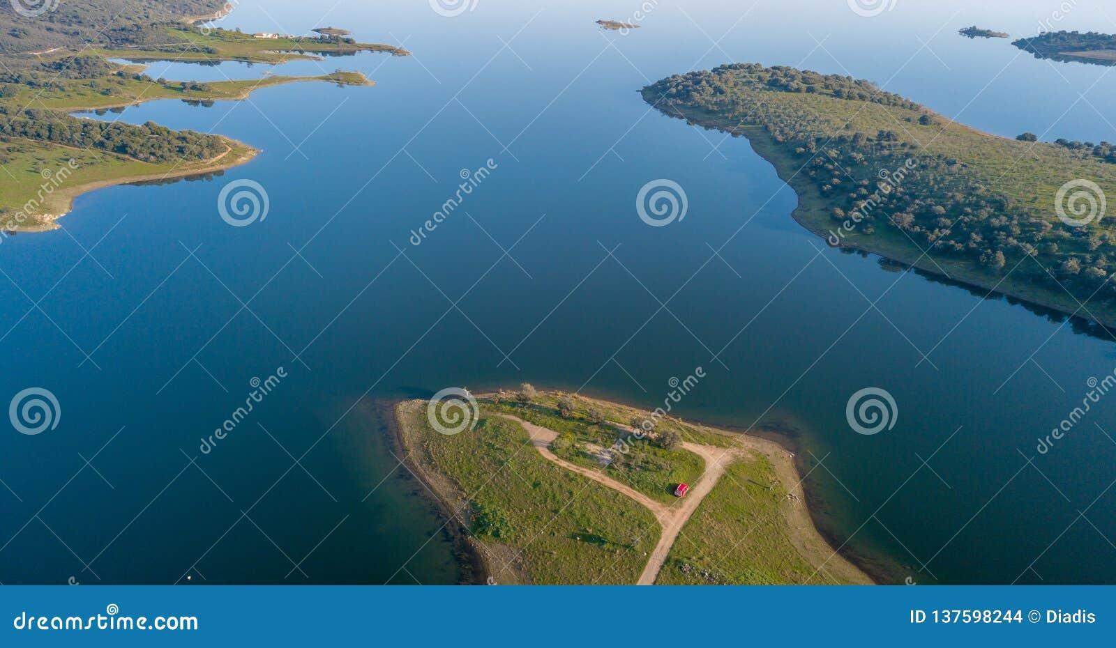 Vista aérea de la presa Monsaraz Alentejo Portugal de Alqueva