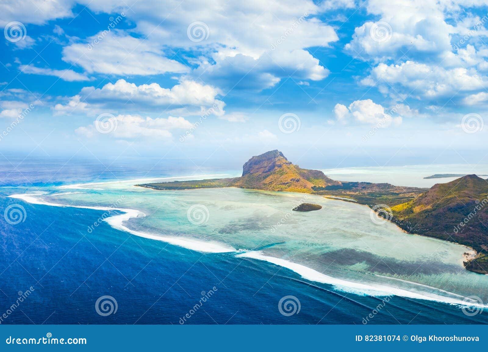 Vista aérea de Le Morne Brabantl mauritius