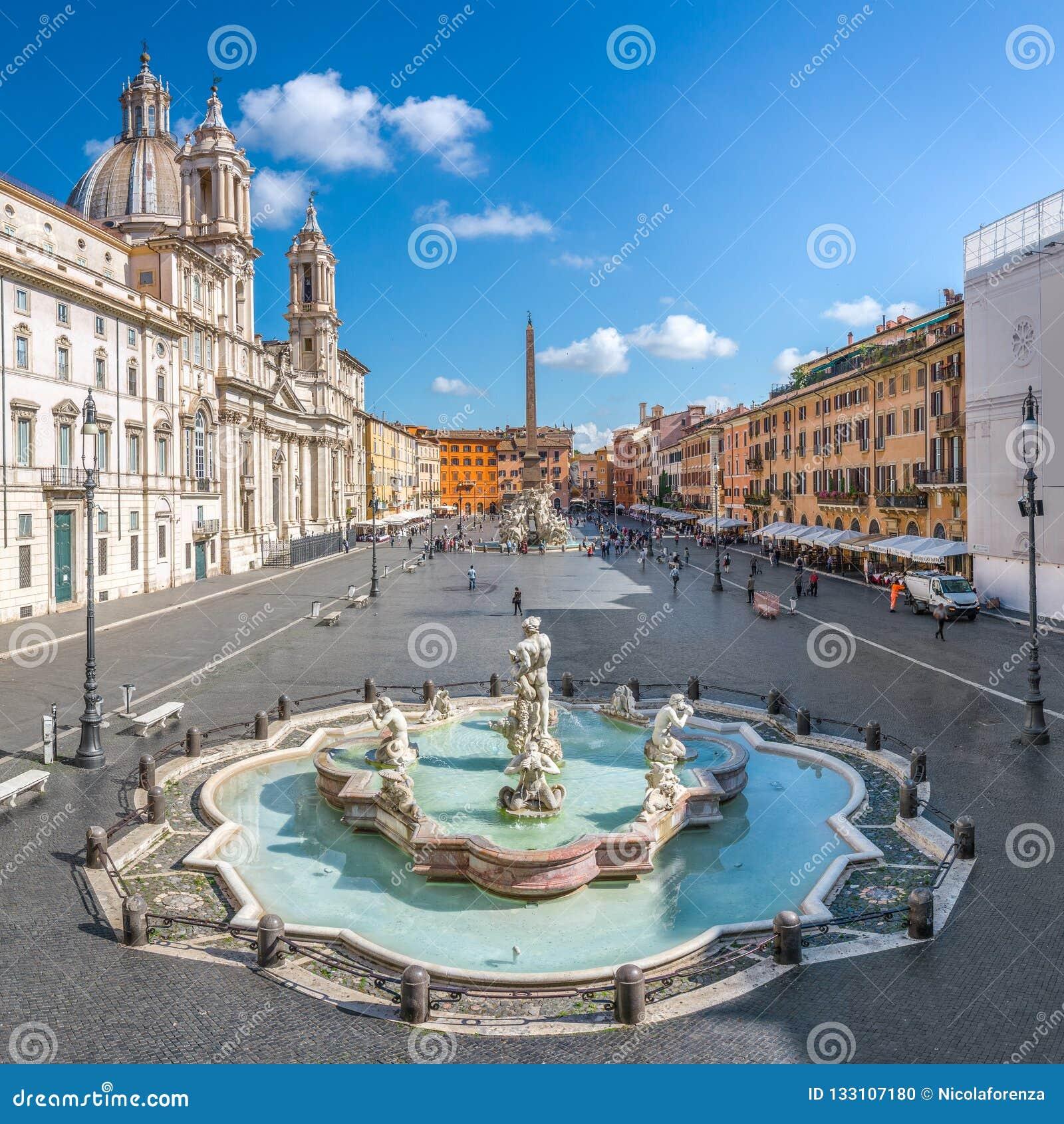 Vista aérea del cuadrado de Navona, plaza Navona, en Roma, Italia