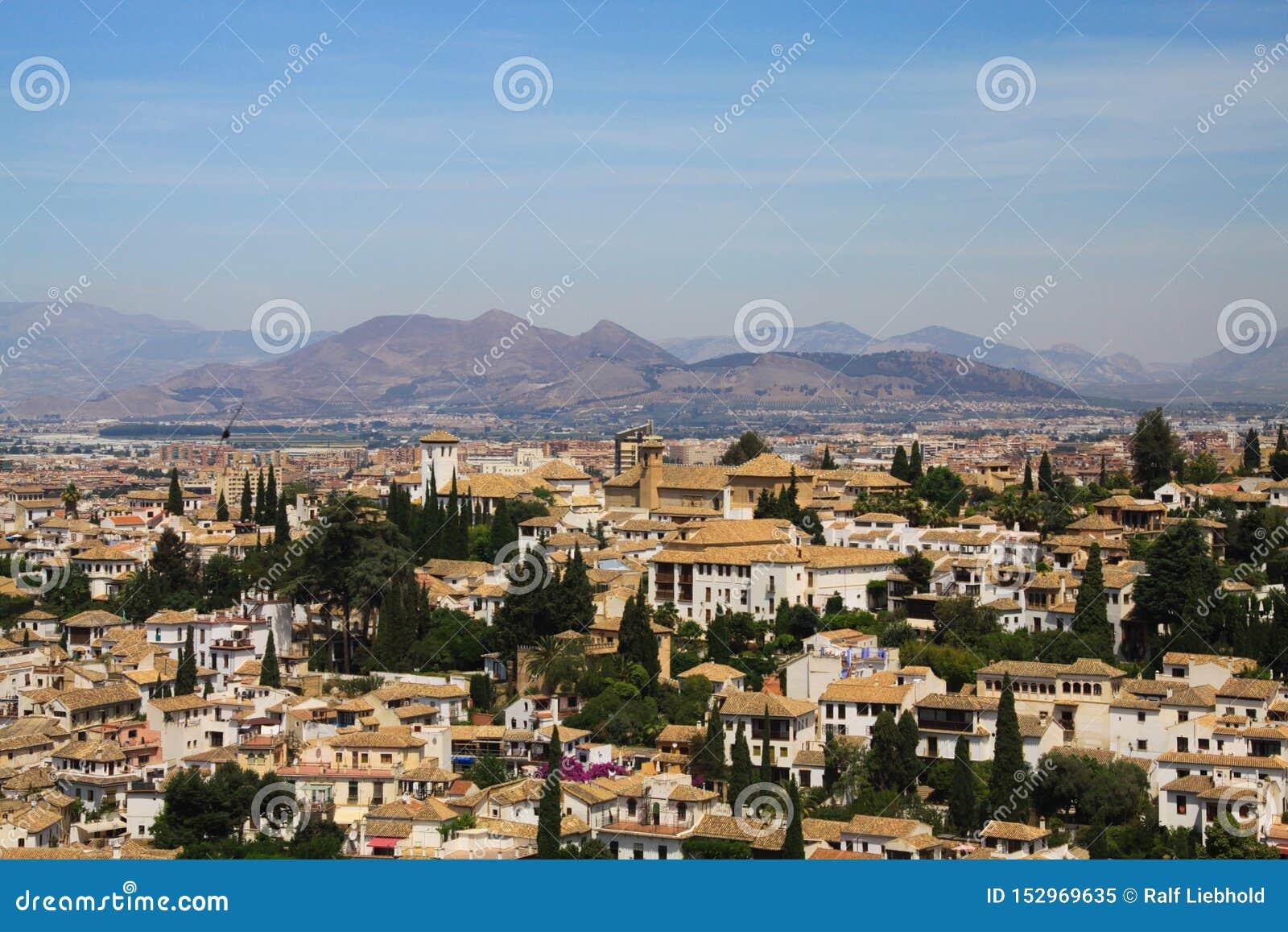 Vista aérea sobre Granada de Alhambra, a Andaluzia