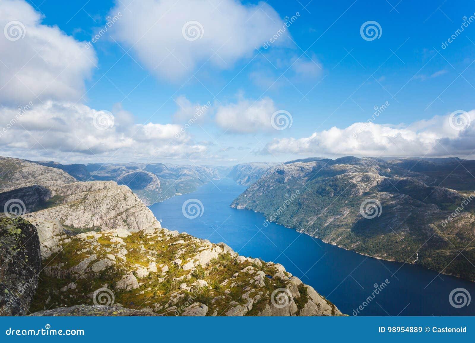 Vista aerea del Lysefjord