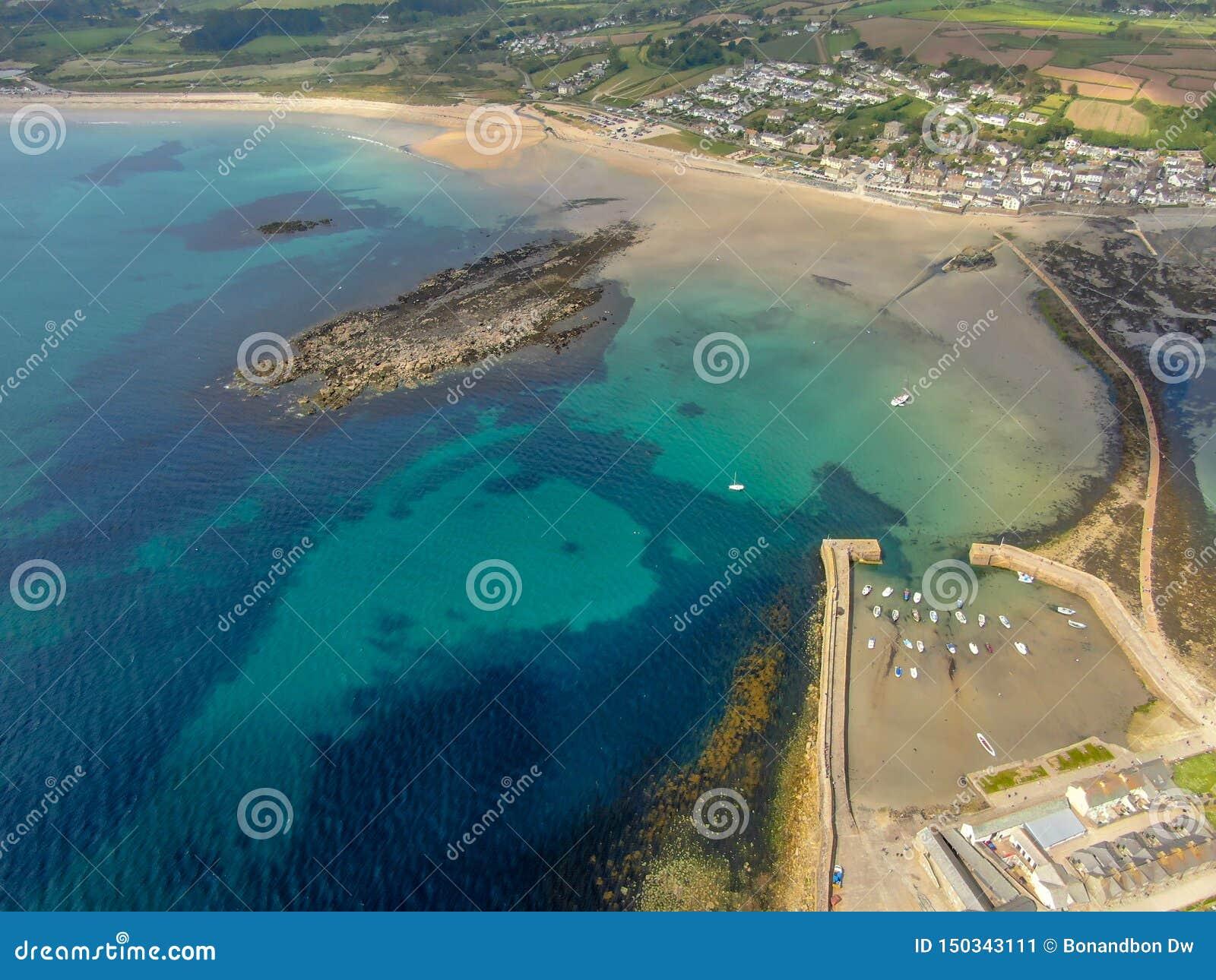 Vista aerea del supporto di St Michael