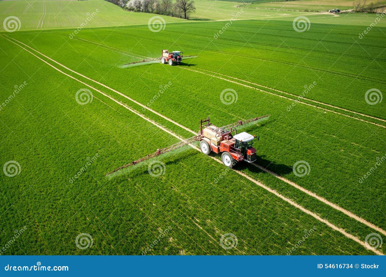 Vista aerea del trattore
