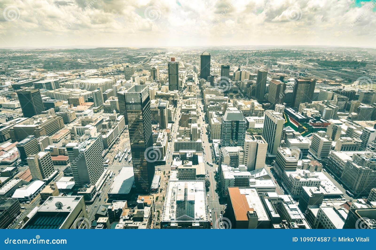 Vista aerea dell orizzonte dei grattacieli a Johannesburg