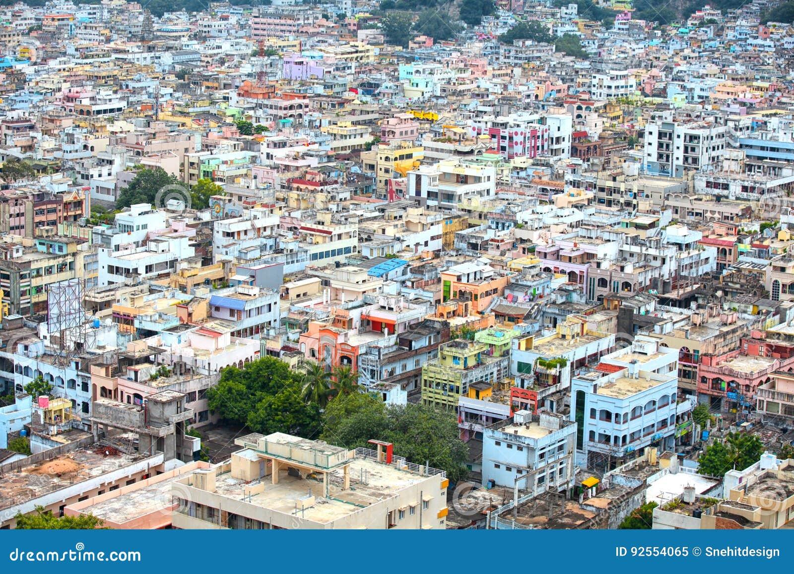 Vista aerea della città di Vijayawada in India