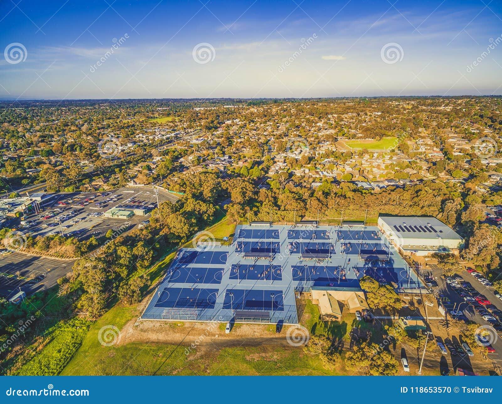 Vista aerea delle corti del netball