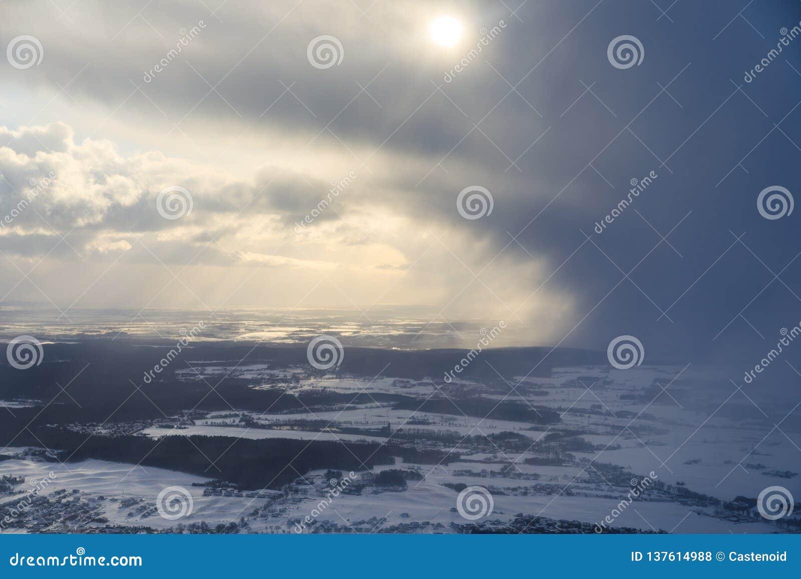 Vista aerea delle nuvole tempestose