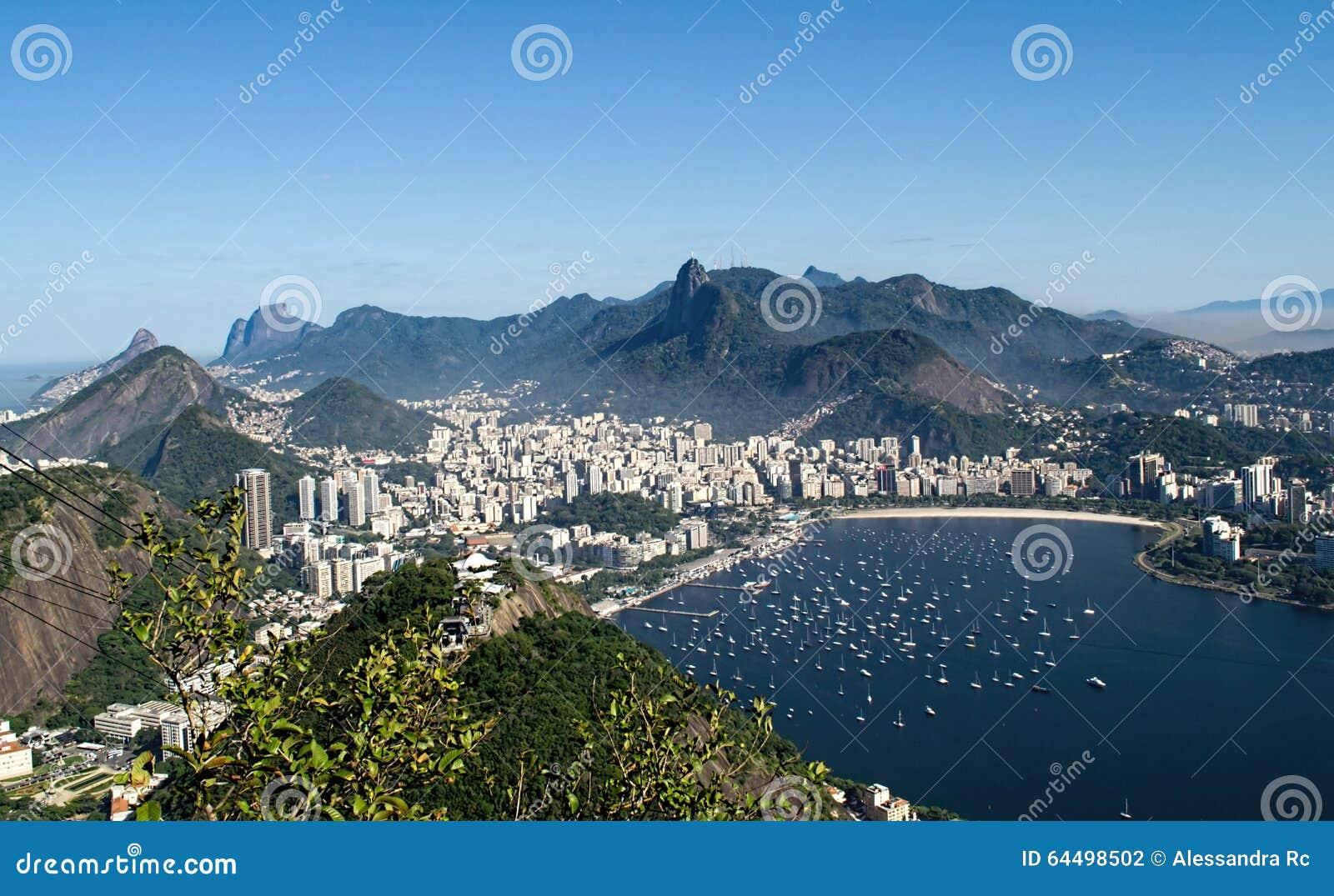Vista aerea di Botafogo da Sugar Loaf