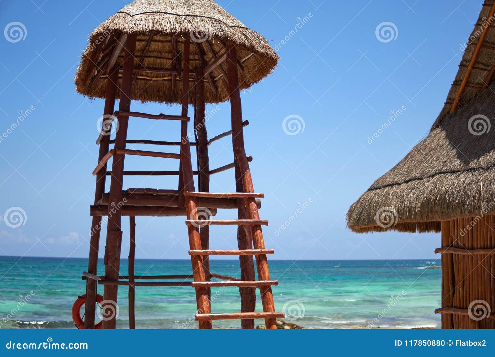 Vista Alla Spiaggia Dell\'hotel Di Località Di Soggiorno Di ...