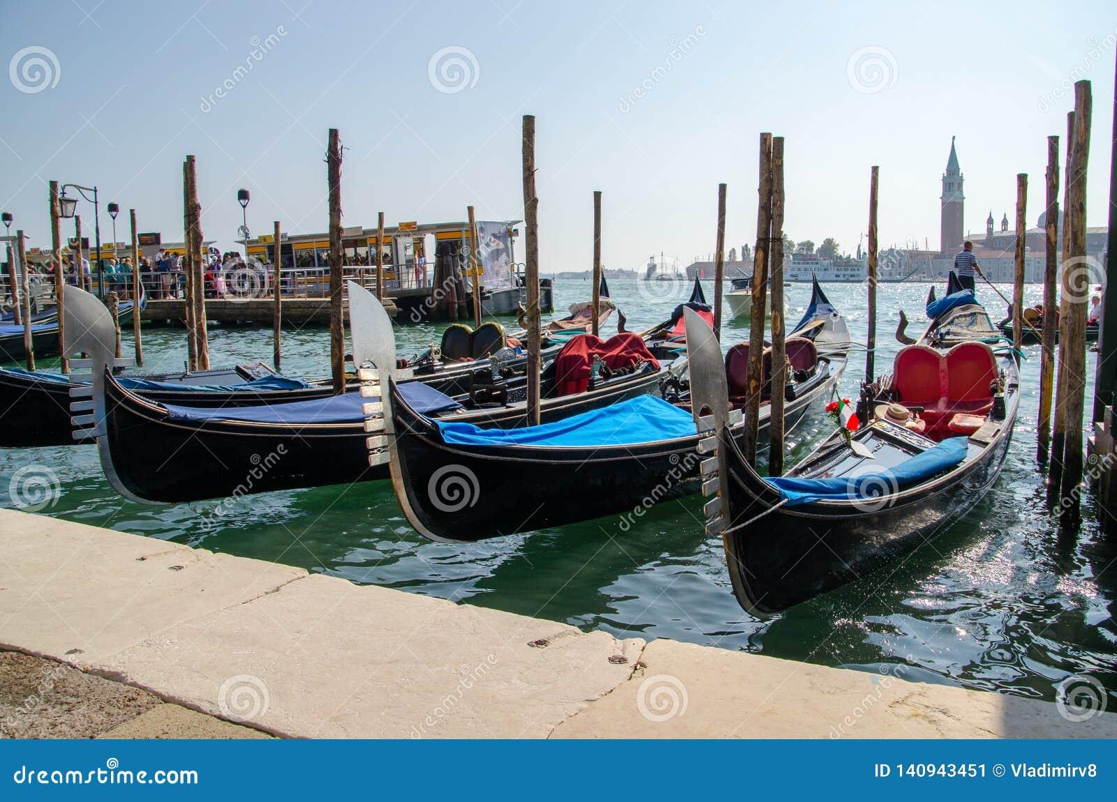 Vista bonita tradicional de Veneza