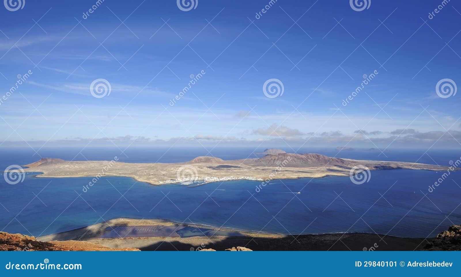 Vista da ilha de Graciosa do del Rio de Mirador, ilha de Lanzarote