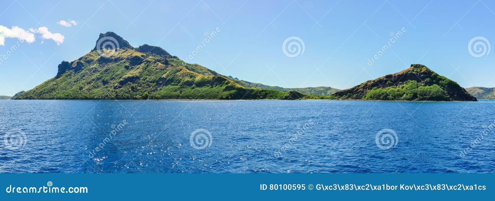 Vista da ilha de Waya Lailai em Fiji