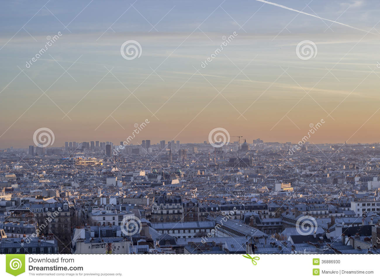 Download Vista dal cielo di Parigi fotografia stock. Immagine di nube - 36886930