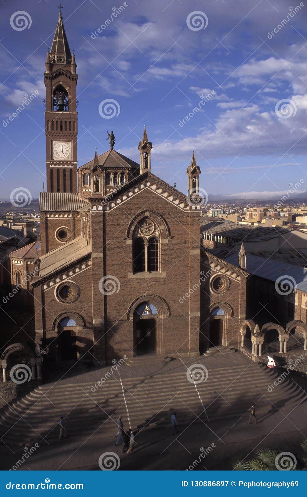 Vista de la catedral de Asmara, Eritrea