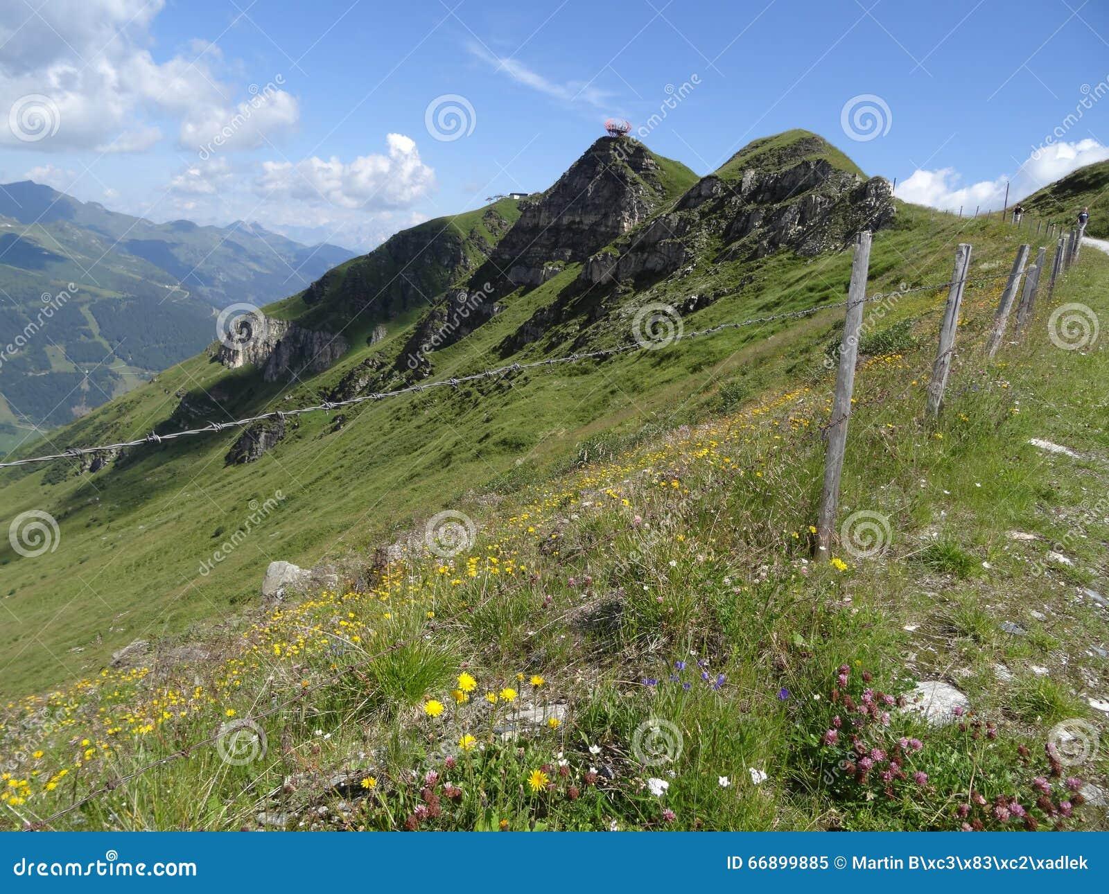 Vista de Stubnerkogel, Gastein mau, Almorama, Salzburg, Áustria