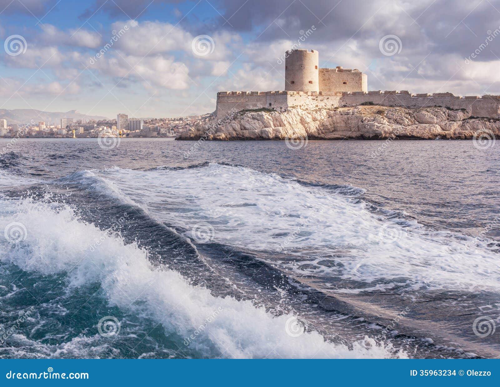 Vista del d If del castillo francés en Marsella