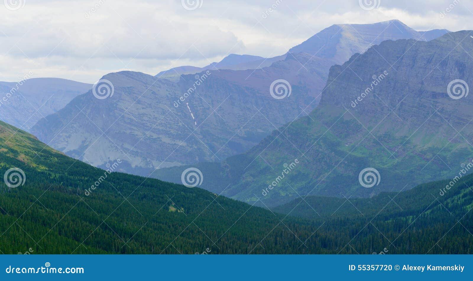 Vista del paesaggio del Glacier National Park