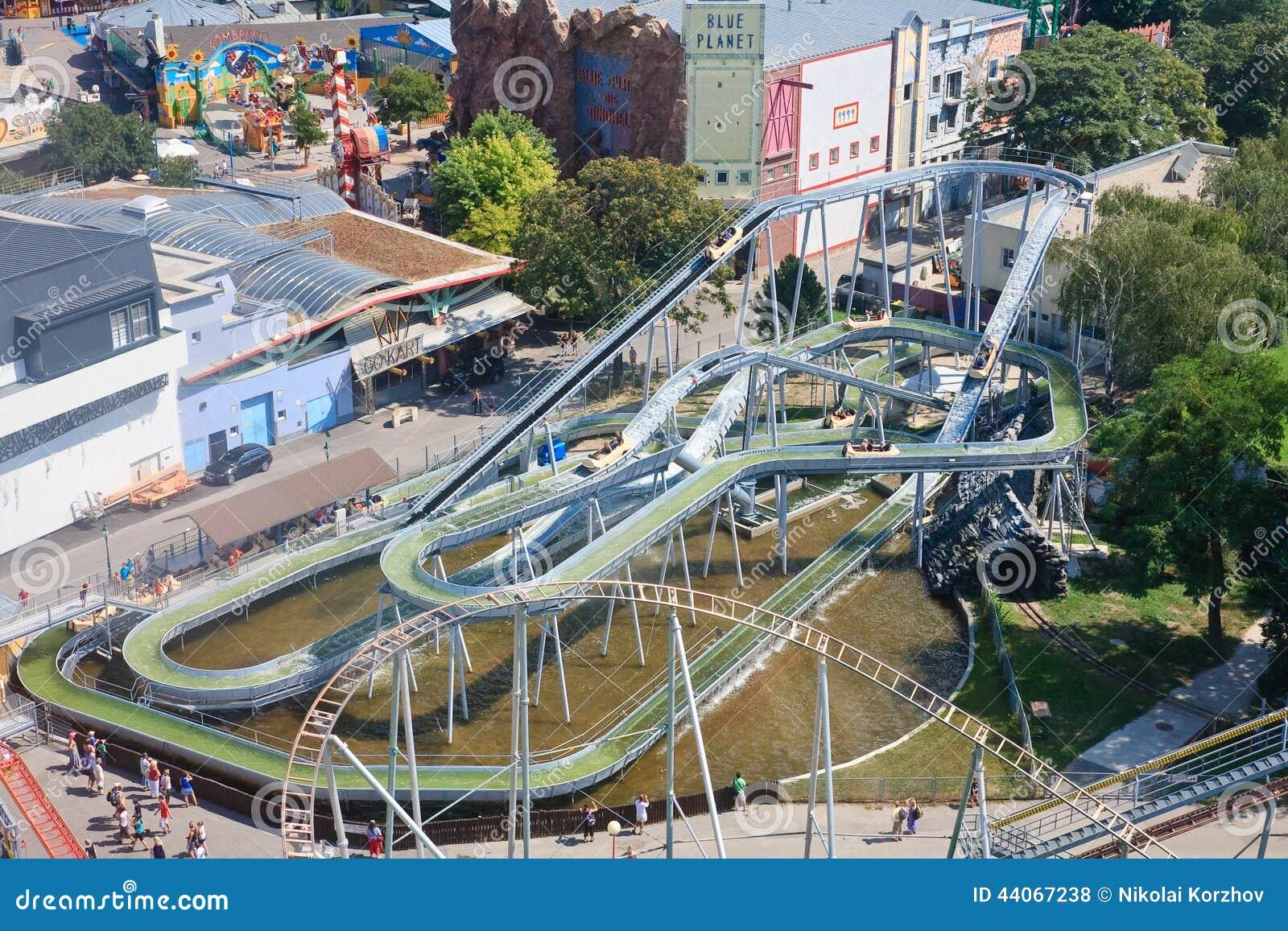 Vista del parque de atracciones de Prater viena