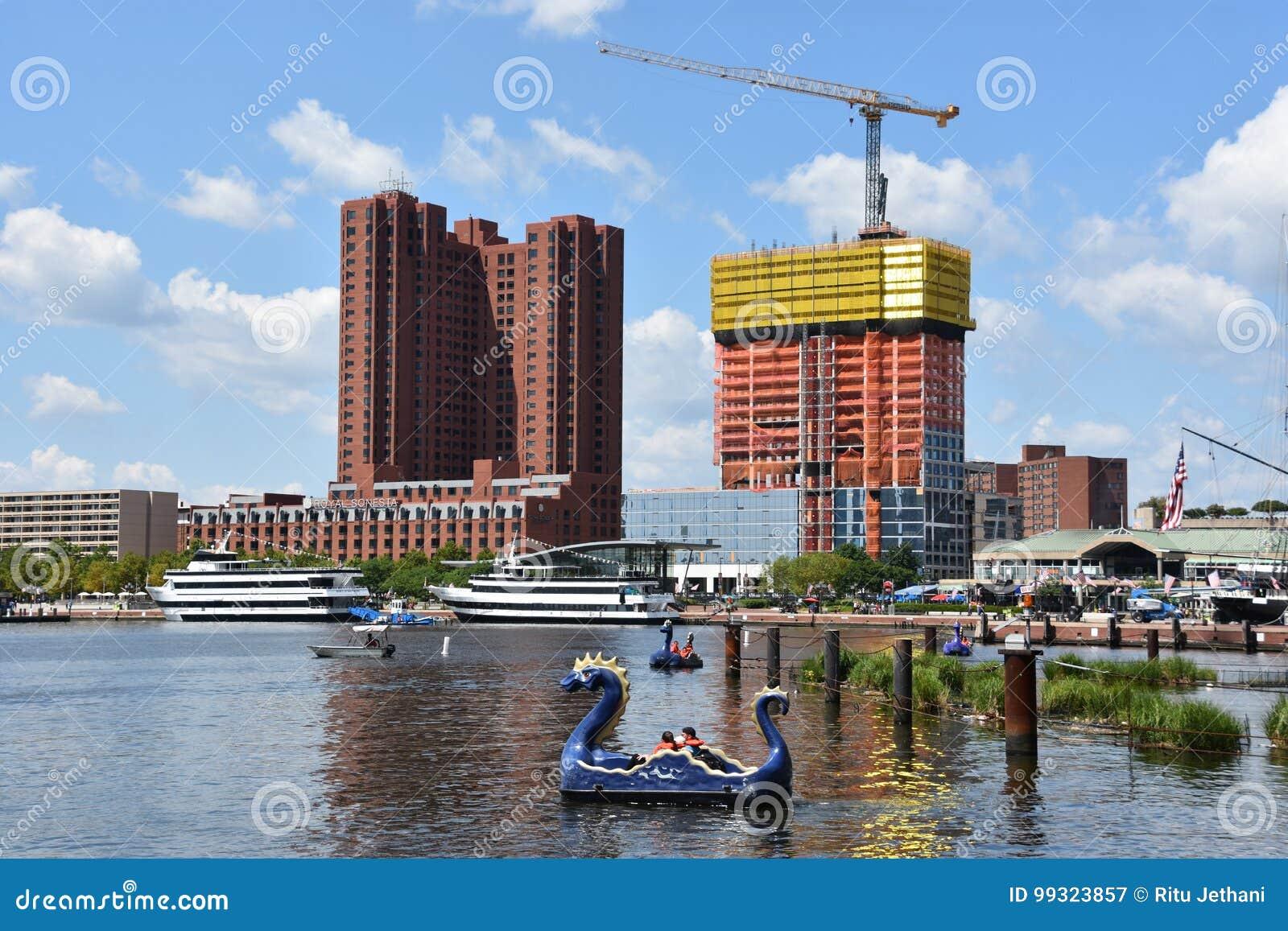 Vista del porto interno a Baltimora, Maryland