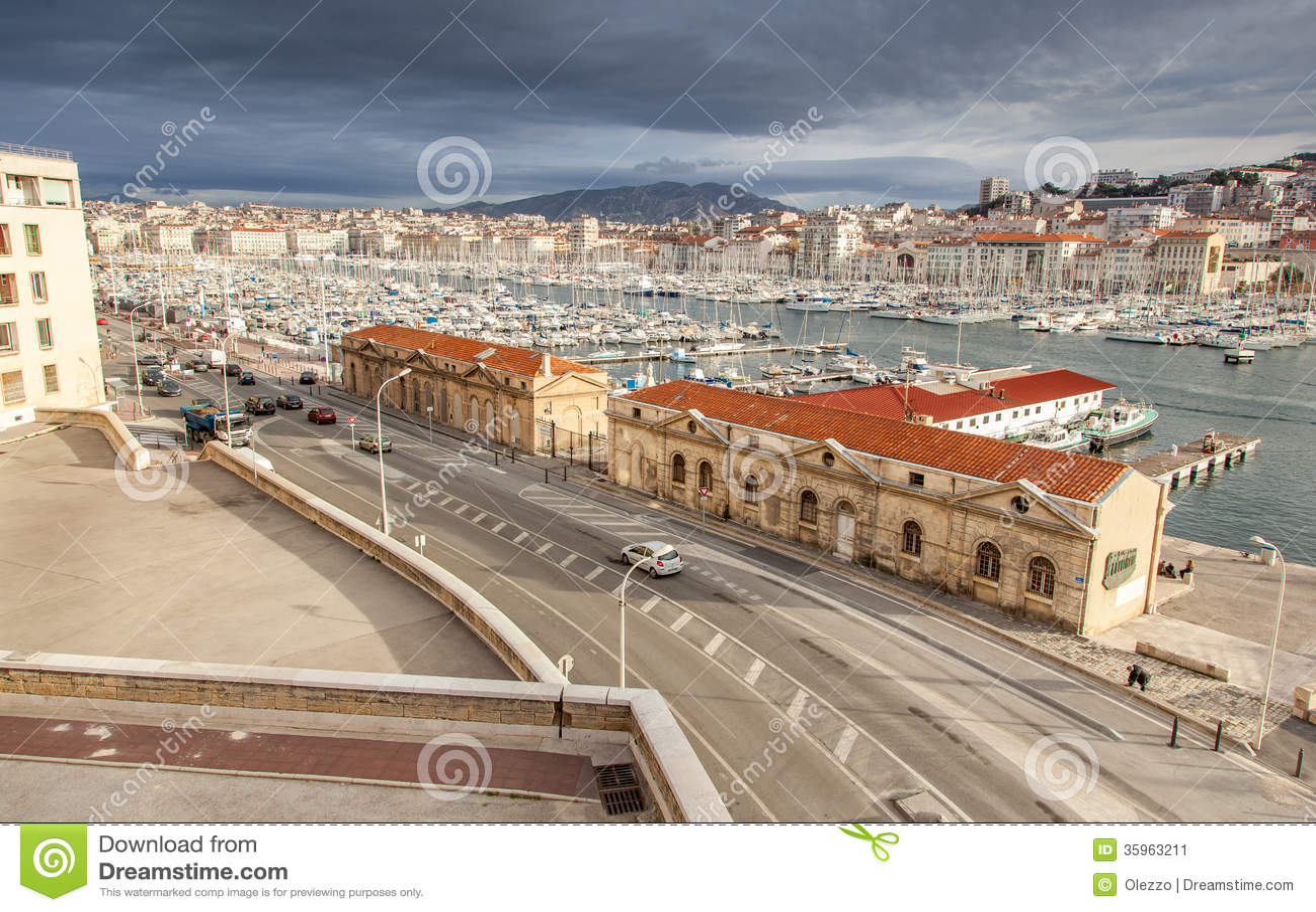 Vista del puerto viejo de Marsella