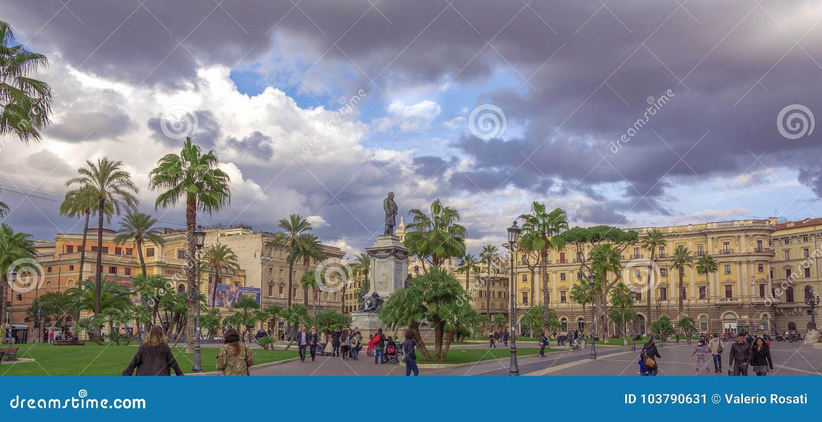 Vista della piazza Cavour a Roma