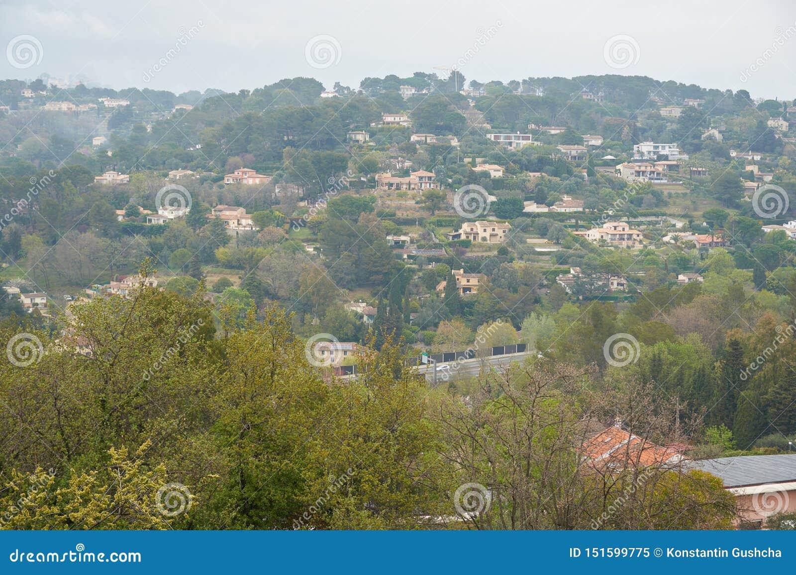 Vista di Mougins in Francia