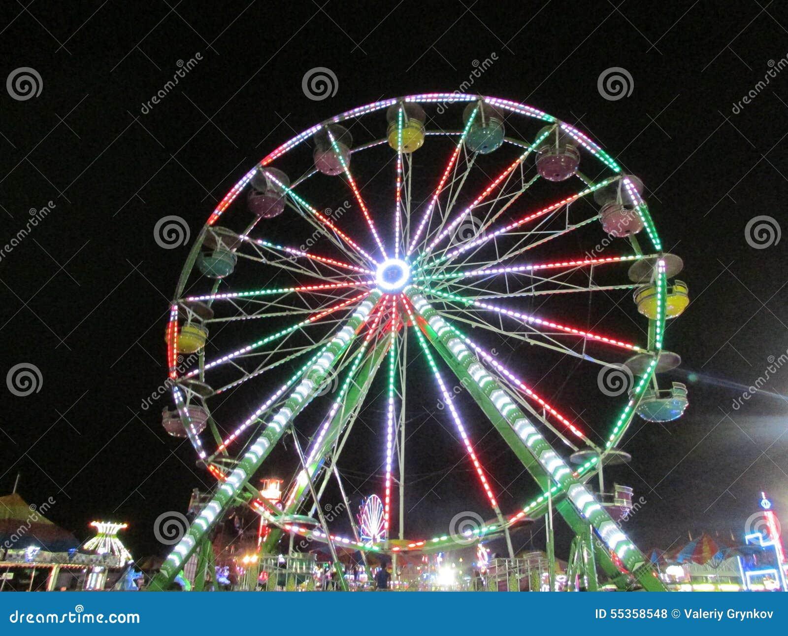 """Vista di notte del festival del nord di sport della gioventù di Brunswick in NJ U.S.A. Ð """""""