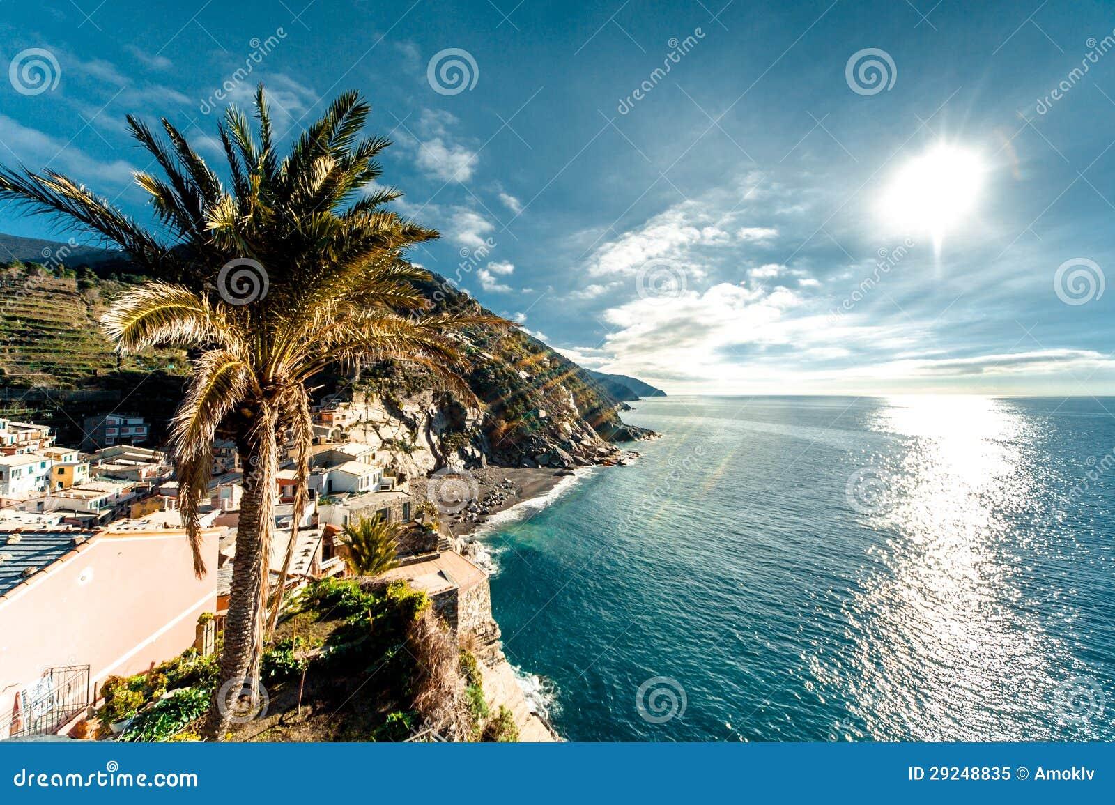 Download Vista Do Beira-mar De Vernazza Imagem de Stock - Imagem de paisagem, litoral: 29248835