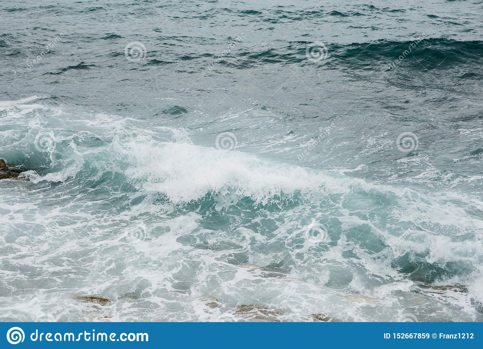 Vista do mar incomodado