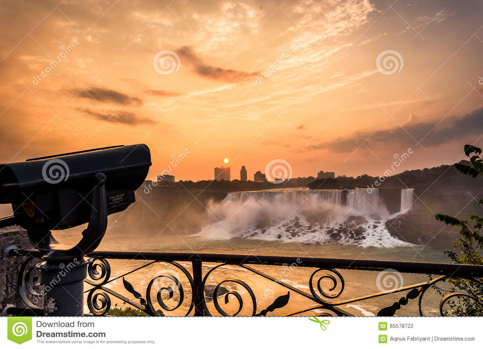 Vista do parque de Niagara Falls