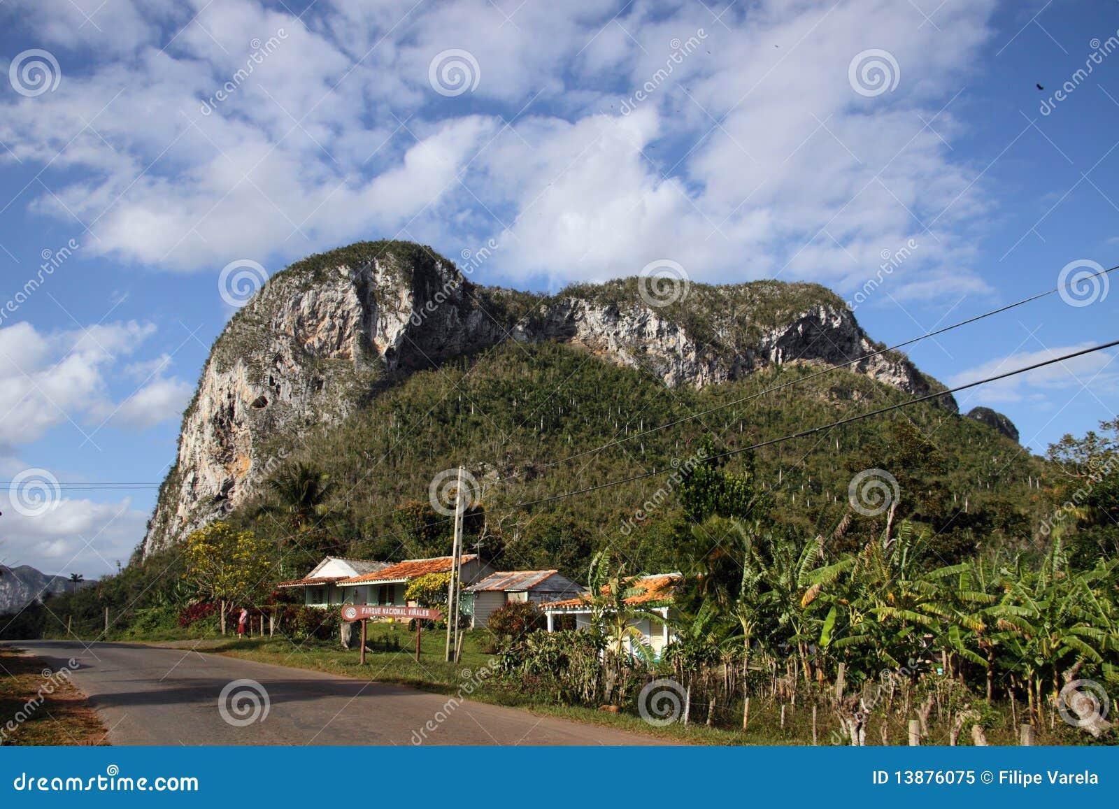 Vista do vale de Vinales, Cuba