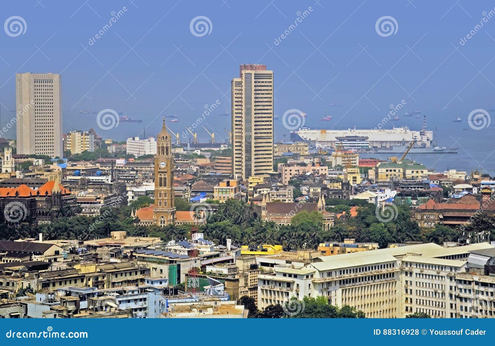 Vista elevata della borsa valori di Mumbai India
