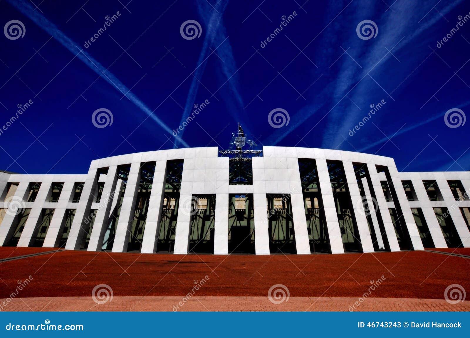 Vista frontale di Canberra Australia della sede del parlamento
