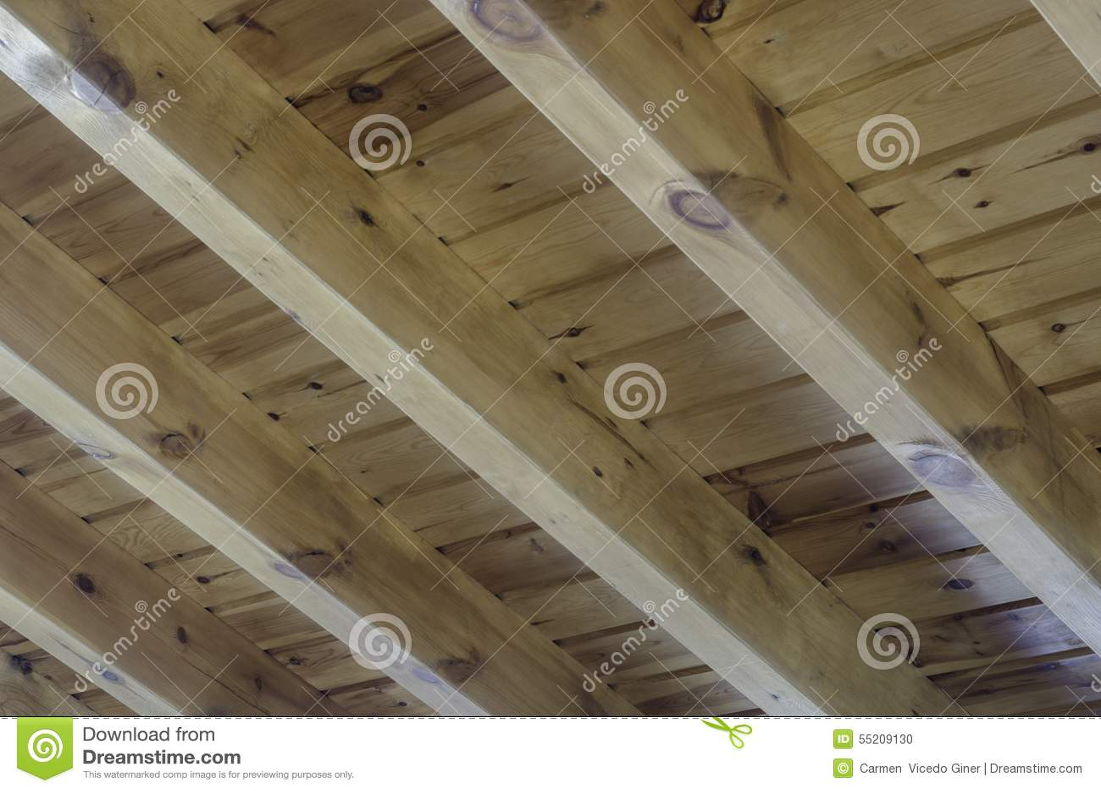 Vista interior de una estructura de tejado de madera foto - Estructura tejado madera ...