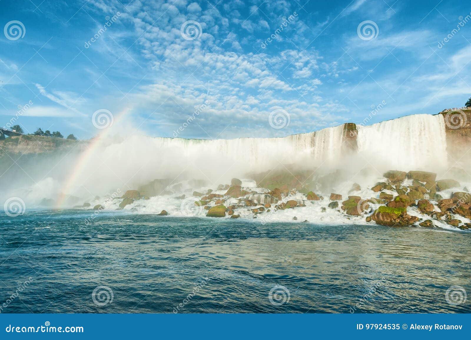 Vista majestosa no Niagara Falls