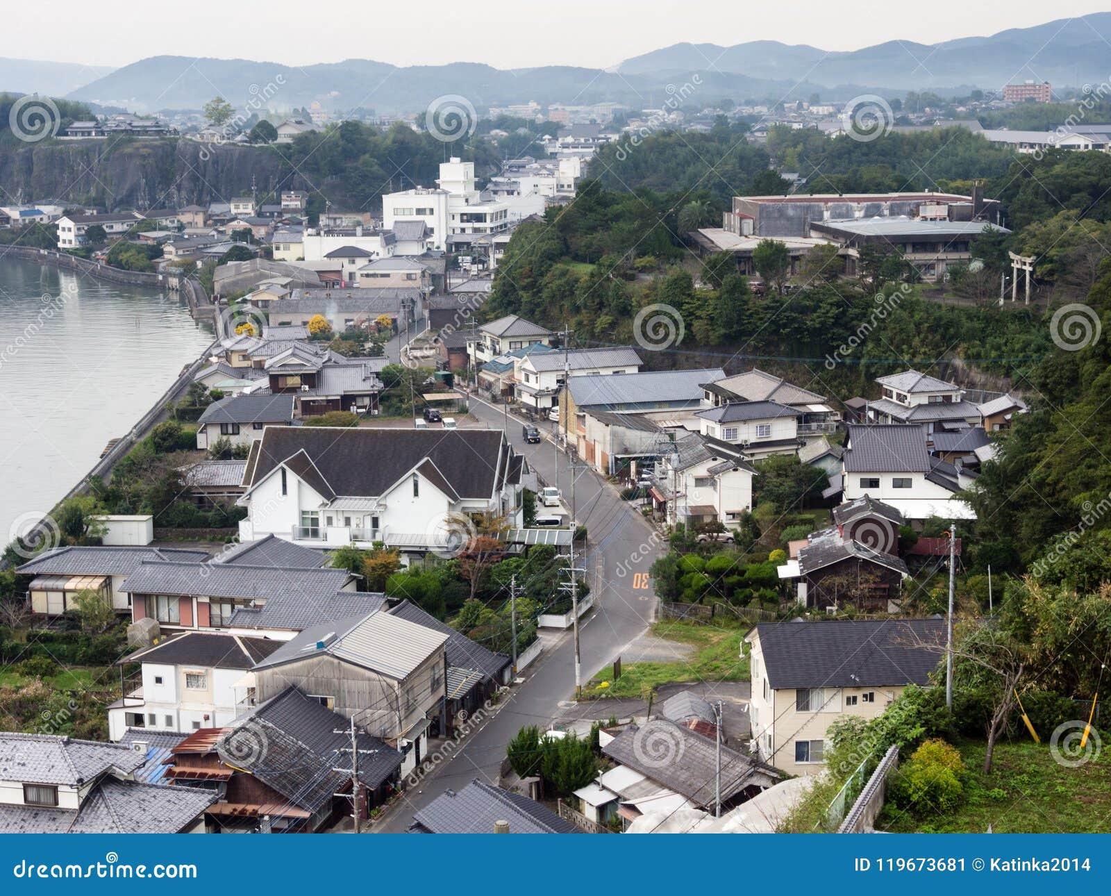 Vista panorámica de la ciudad de Kitsuki - prefectura de Oita, Japón