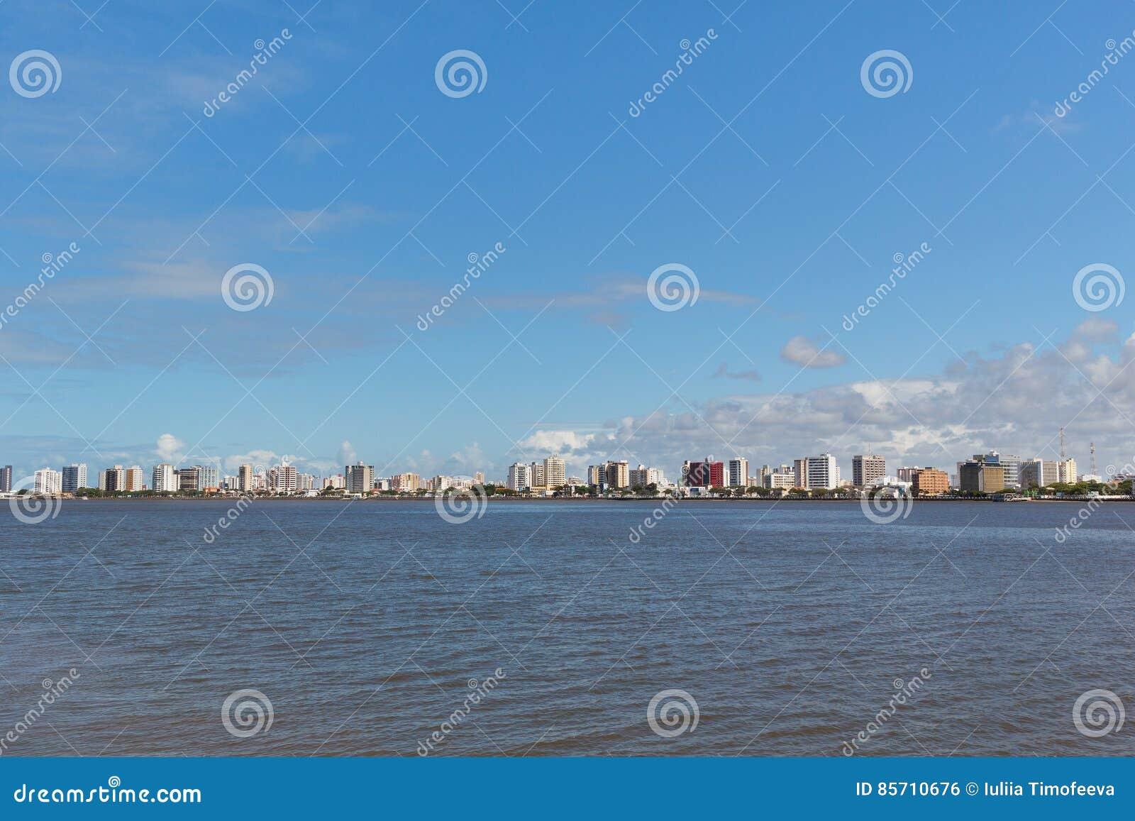 Vista panorámica del centro de ciudad, Aracaju, Sergipe, el Brasil