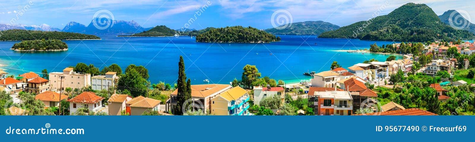 Vista panorâmica da baía de Nidri, ilha bonita de Lefkada Greece