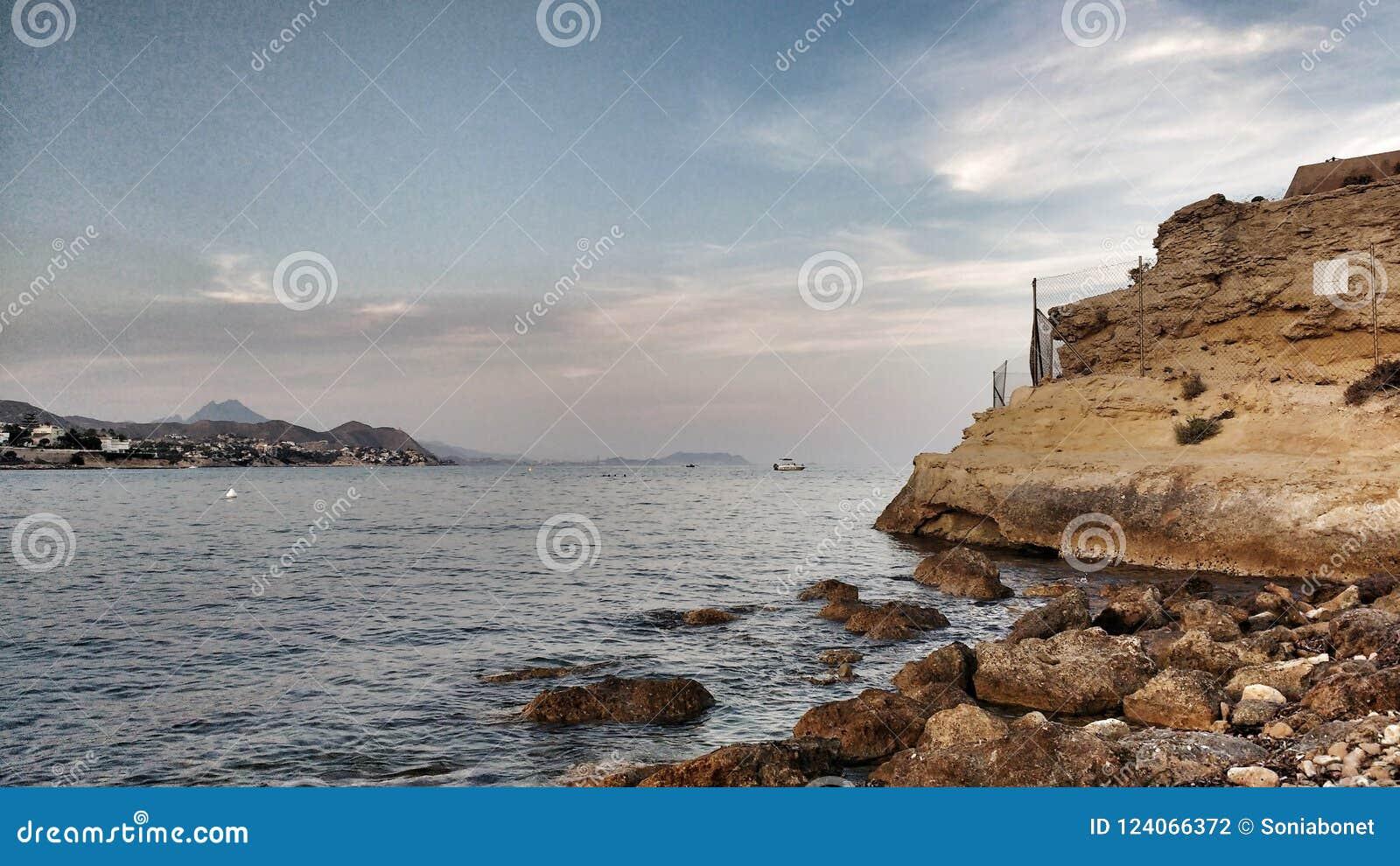 Vista panorâmica da costa de San Juan, Alicante