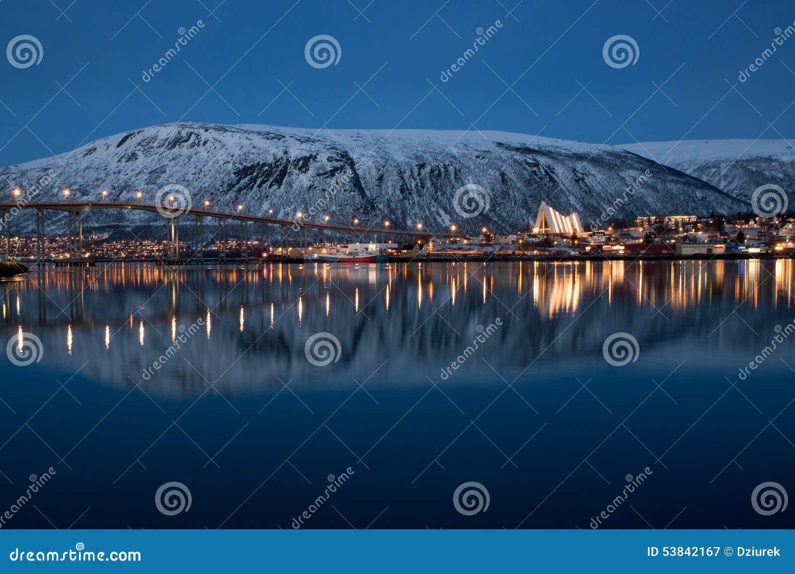 Vista panorâmica em Tromso em Noruega