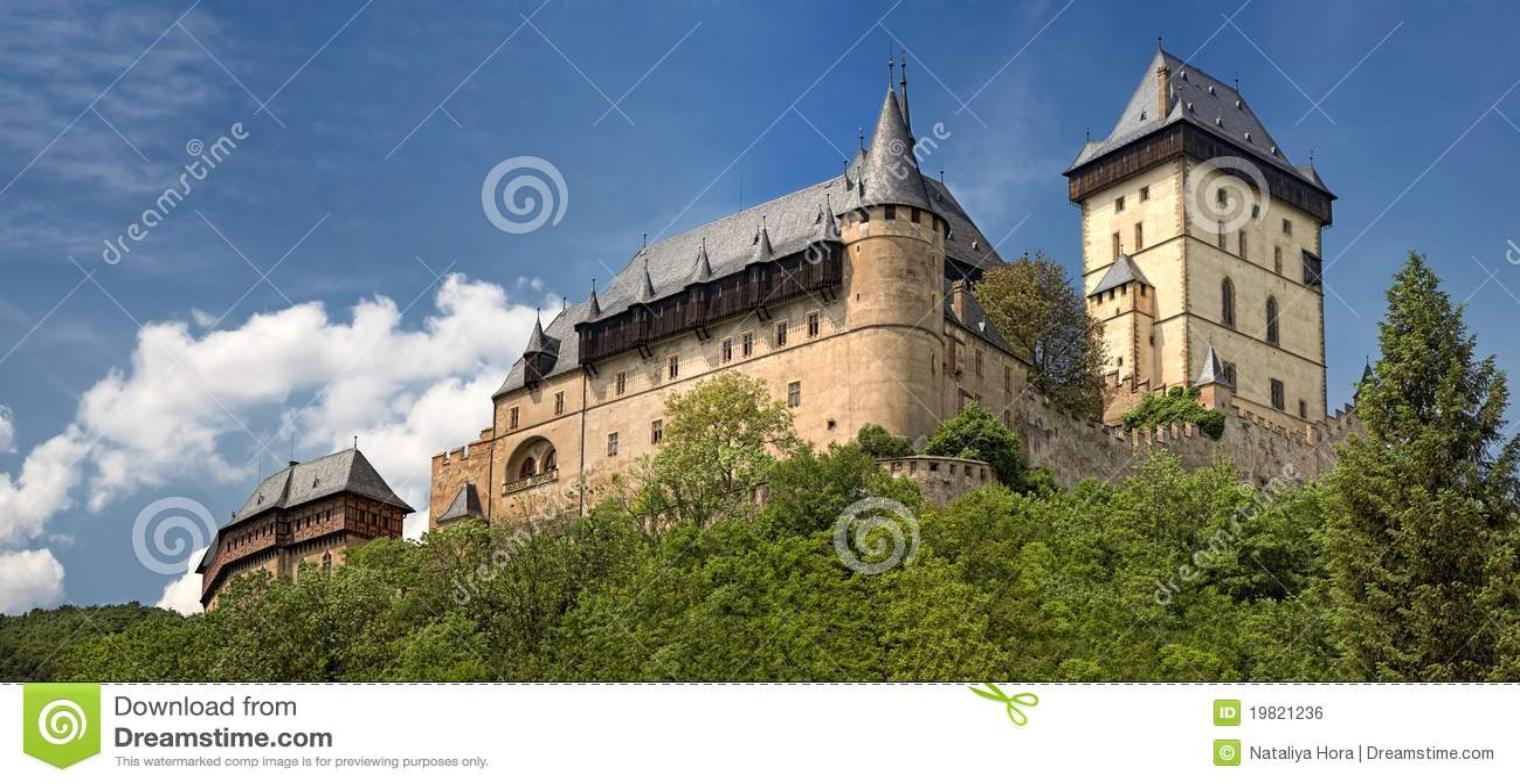 Vista panorâmico do castelo Karlstejn, república checa