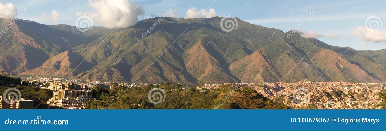 Vista panoramica del parco nazionale di EL Avila di Cerro, montagna famosa a Caracas Venezuela