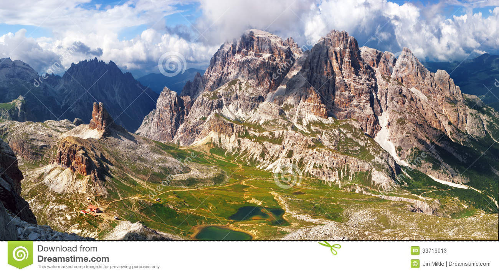 Vista panoramica dell alta montagna in Italia