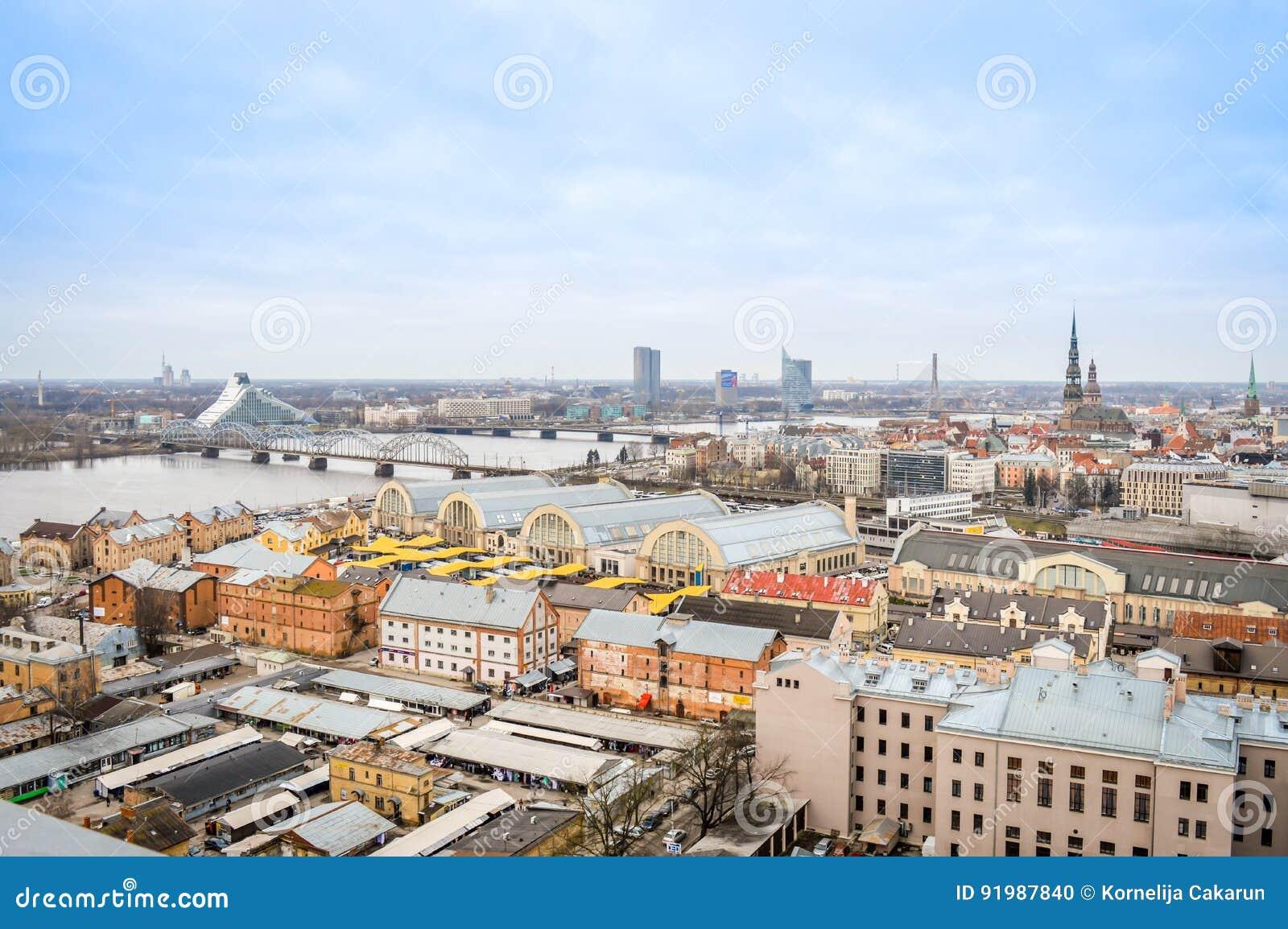 Vista panoramica della città di Riga, Lettonia