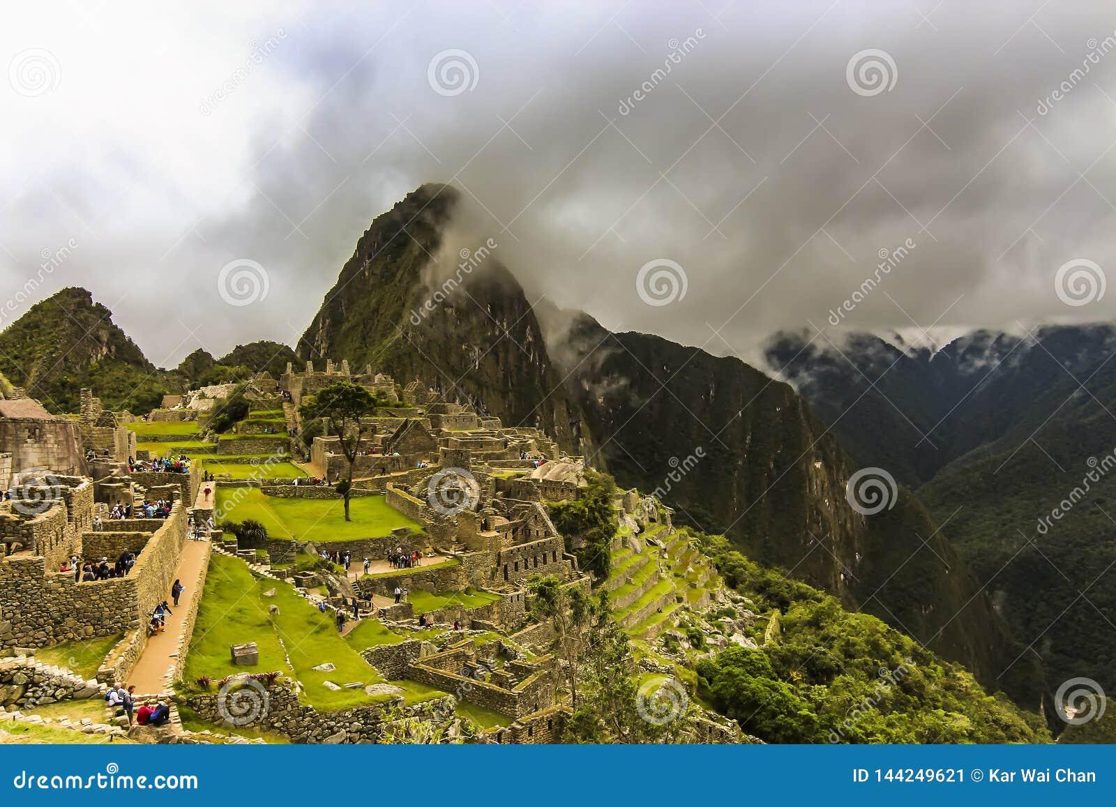 Vista a?rea de las ruinas principales de la ciudadela de Machu Picchu